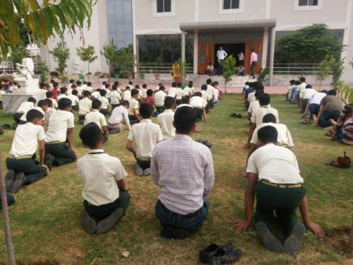 sarvyog-internatinal-school-yoga-day (10)