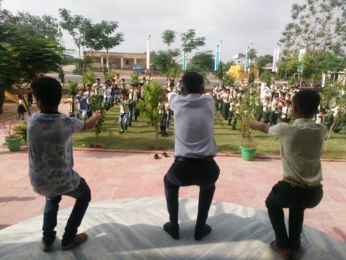 sarvyog-internatinal-school-yoga-day (9)